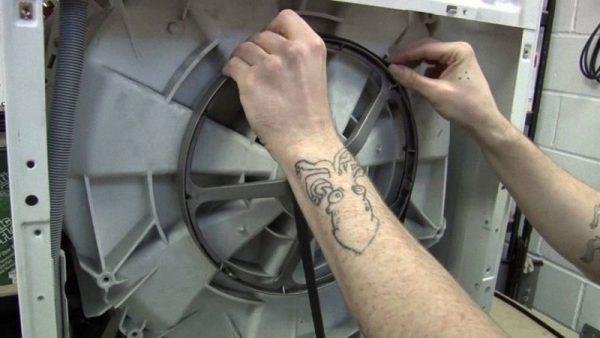 thay dây curoa máy giặt Sumikura